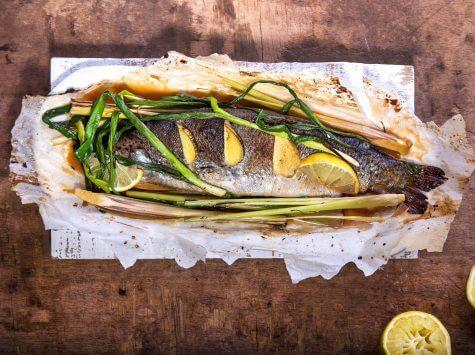 דג מאודה בתנור עם למון גראס וג'ינג'ר